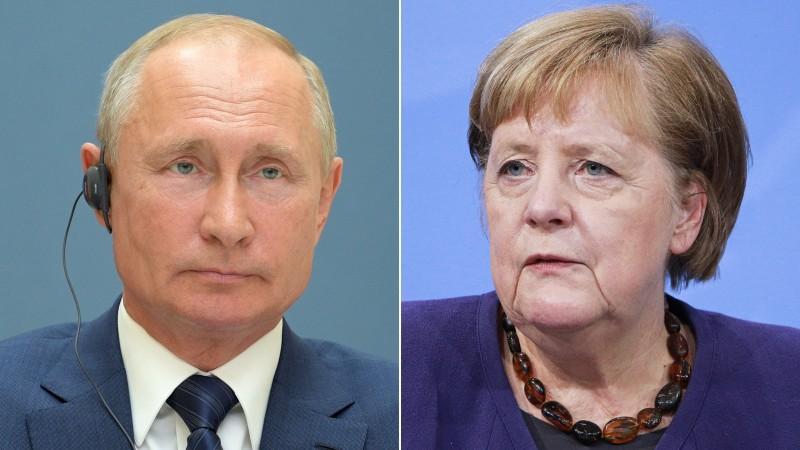 Tổng thống Nga Vladimir Putin và Thủ tướng Đức Angela MerkelPutin đã thảo luận về khả năng sản xuất vắc xin chung