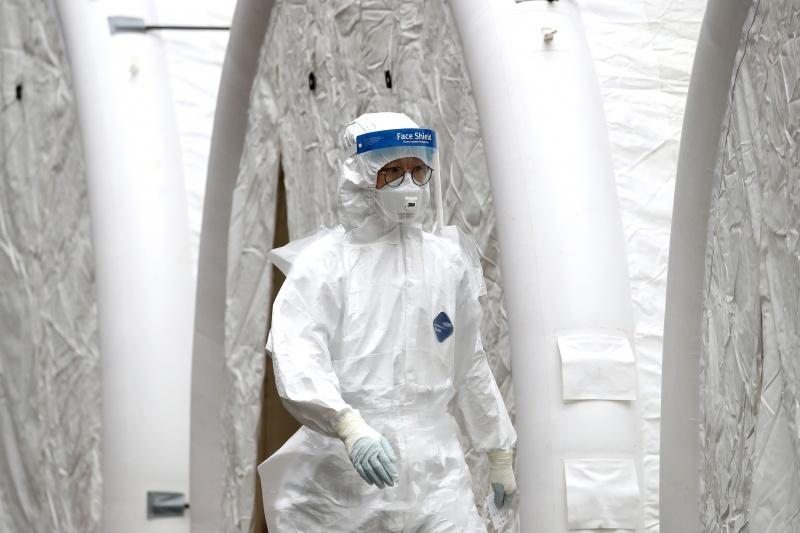 Hơn 9.000 thành viên của nhóm tôn giáo Shincheonji phải tự cách ly và xét nghiệm coronavirus ở Hàn Quốc