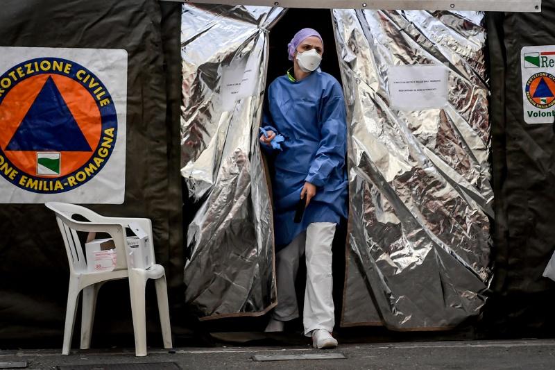 Số người chết vì coronavirus mới tăng lên 2.858 trên toàn cầu