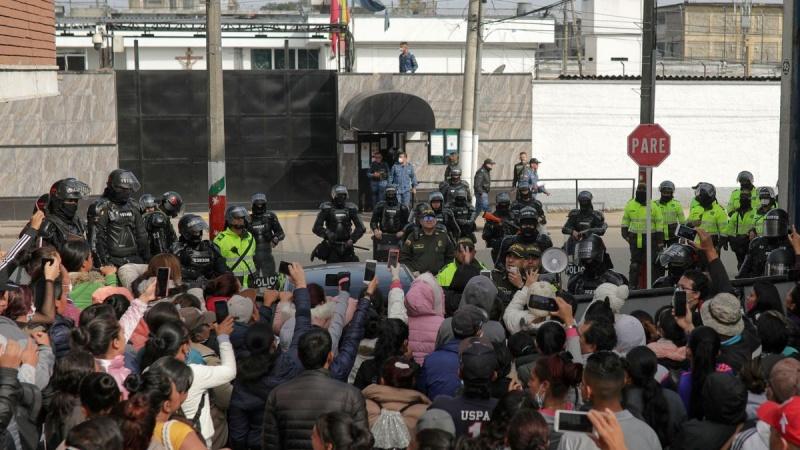 23 người chết trong cuộc bạo loạn ở nhà tù ở Colombia bởi nỗi sợ coronavirus