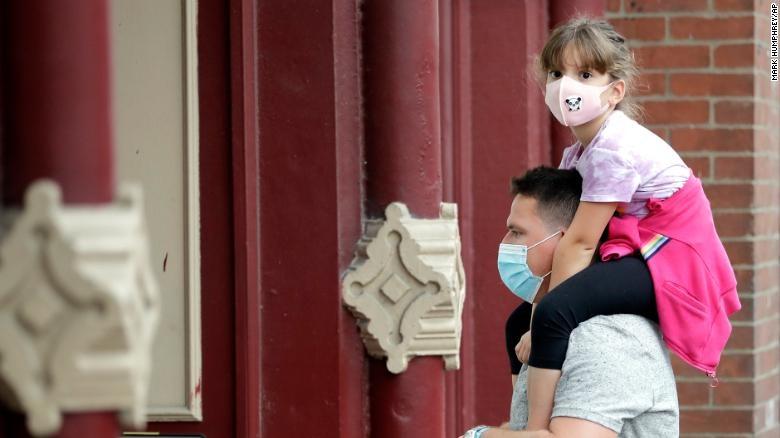 Hoa Kỳ báo cáo có hơn 50.000 trường hợp nhiễm coronavirus mới trong ngày thứ ba liên tiếp