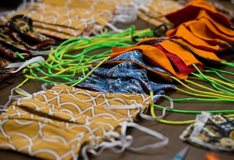 Các nhà nghiên cứu cho biết khẩu trang vải không hoạt động tốt như các phiên bản y tế.