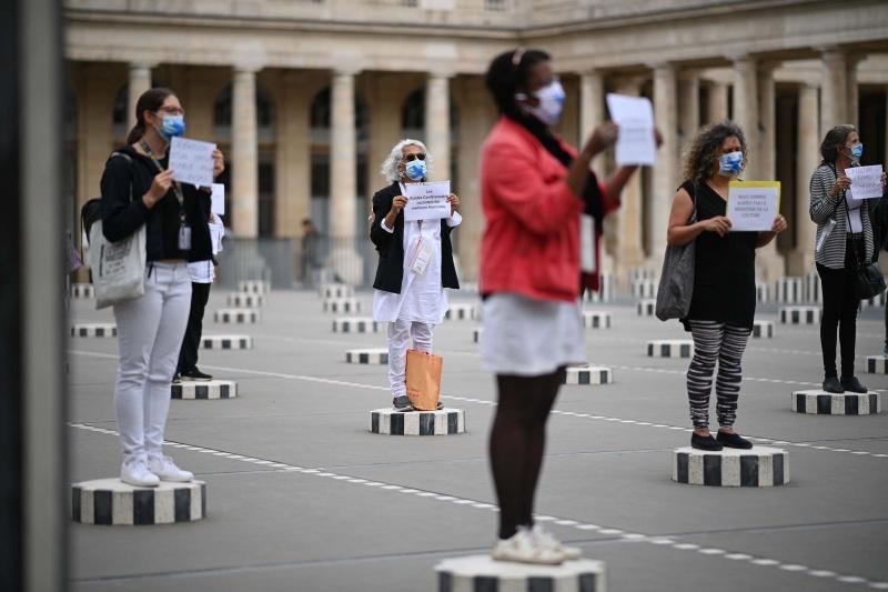 Pháp mở rộng chương trình hỗ trợ tài chính cho lao động du lịch thất nghiệp