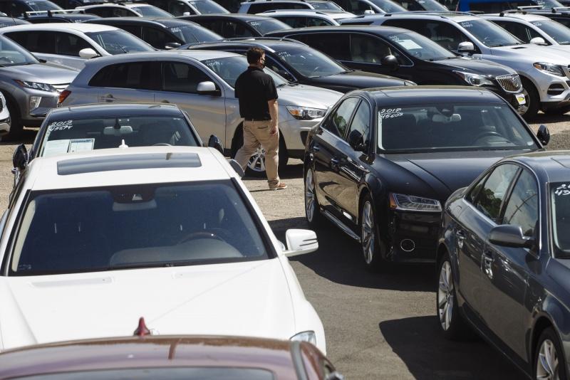 Doanh số bán ô tô đã qua sử dụng đang bùng nổ và điều đó thúc đẩy lạm phát