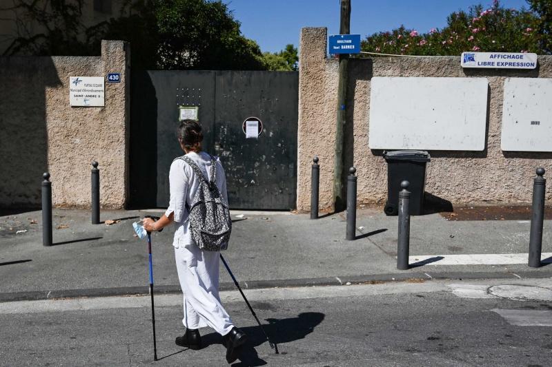 Pháp đã đóng cửa các trường học trong tháng này