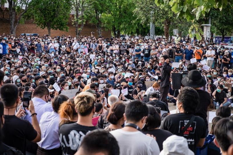 Người biểu tình Thái Lan tuyên bố 'chiến thắng' trong các cuộc biểu tình cải cách chế độ quân chủ, sau khi đưa ra yêu cầu của họ cho chính quyền