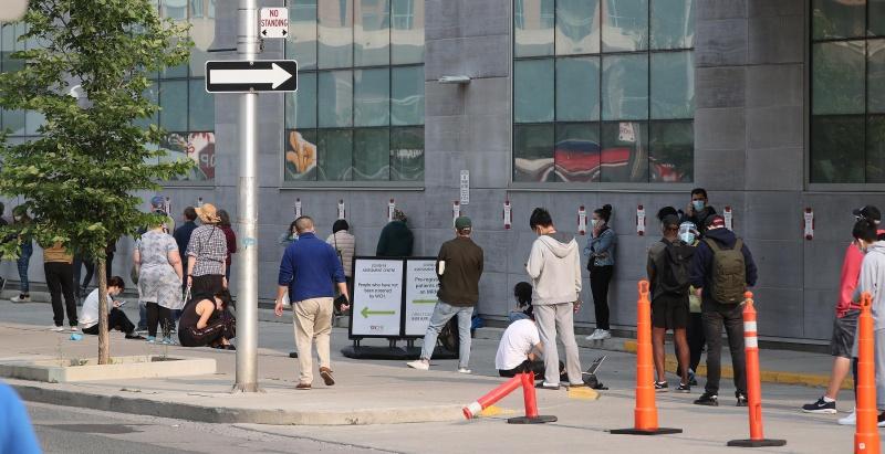 Thêm 840.000 người Mỹ đã nộp đơn xin trợ cấp thất nghiệp lần đầu vào tuần trước trên cơ sở điều chỉnh theo mùa vụ