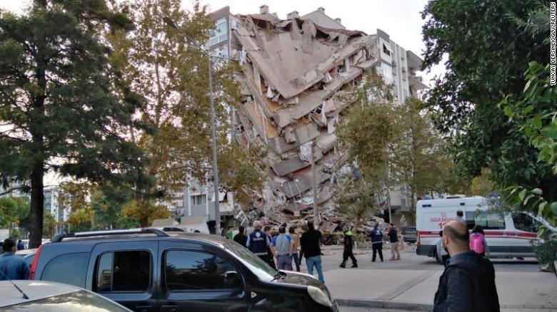 Trận động đất mạnh làm rung chuyển Thổ Nhĩ Kỳ và Hy Lạp, giết chết ít nhất 22 người