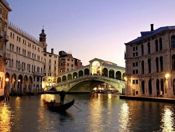Ý trở thành quốc gia đầu tiên bắt buộc học sinh nghiên cứu về biến đổi khí hậu.