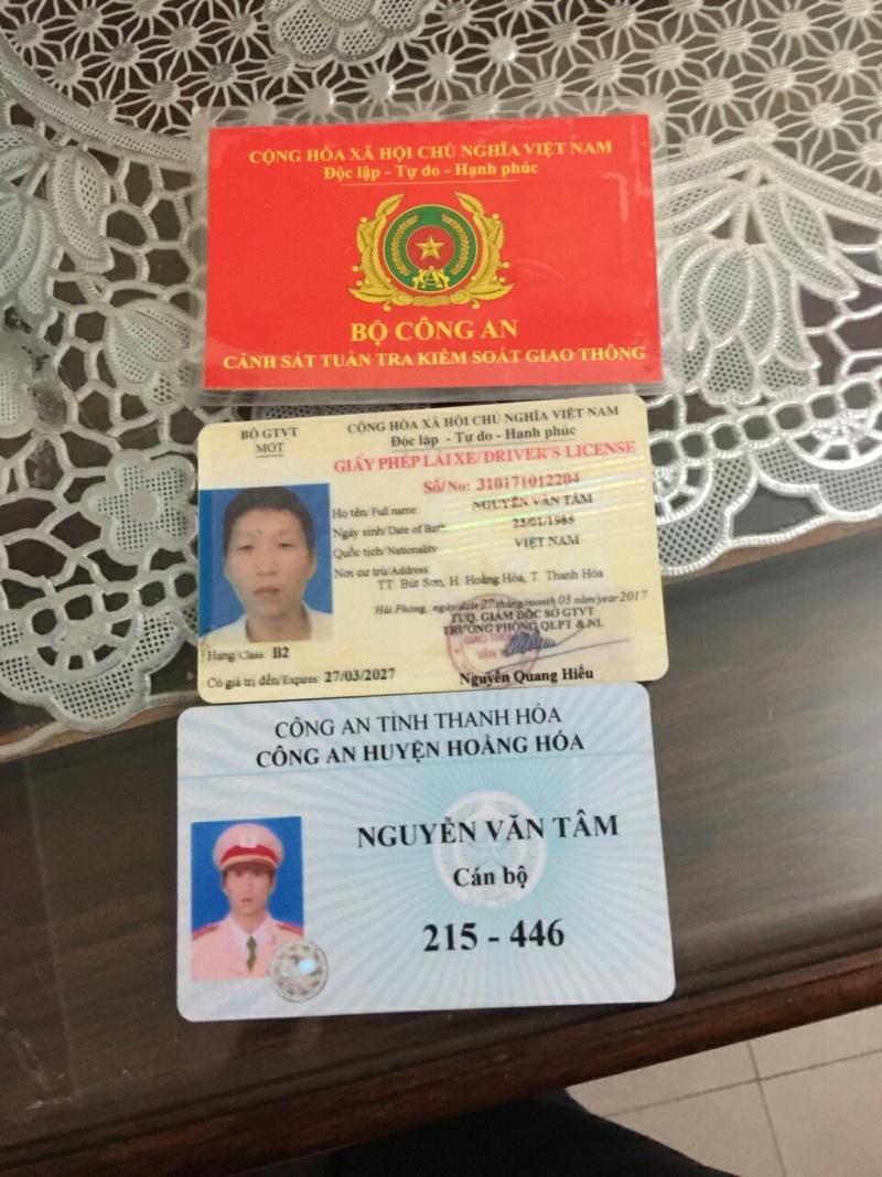 Thanh Hóa: Một công an huyện thuê xe ô tô rồi đem đi bán, chiếm đoạt 400 triệu đồng.