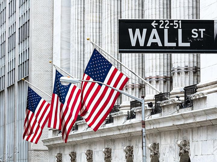 Mỹ: Lợi ích của Phố Wall và doanh nghiệp đang trái ngược với đường lối chính trị.