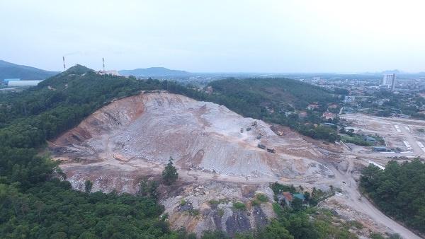 Uông Bí, Quảng Ninh: Lợi dụng làm dự án trường học và khu dân cư, mang hàng vạn khối đất đi bán trái phép?