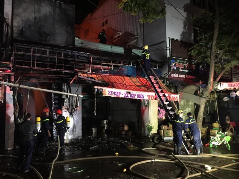 Gia Lai: Cháy lớn ở chợ đêm, hơn 100 xe đạp bị thiêu rụi