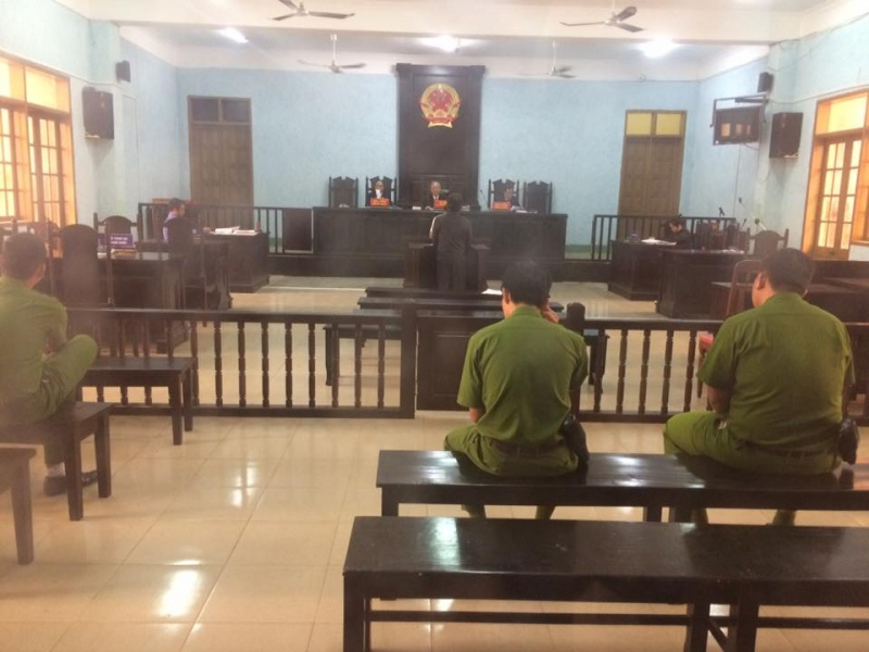 gia lai 12 thang tu giam cho giam doc doanh nghiep nhan tin vu khong lanh dao tinh