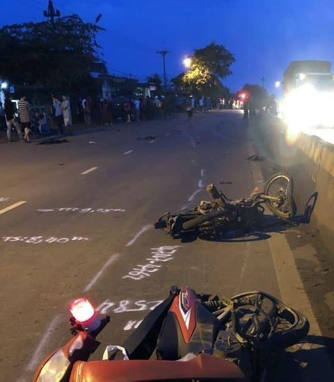 Đắk Lắk: Xe bán tải tông liên hoàn, làm 3 người thương vong