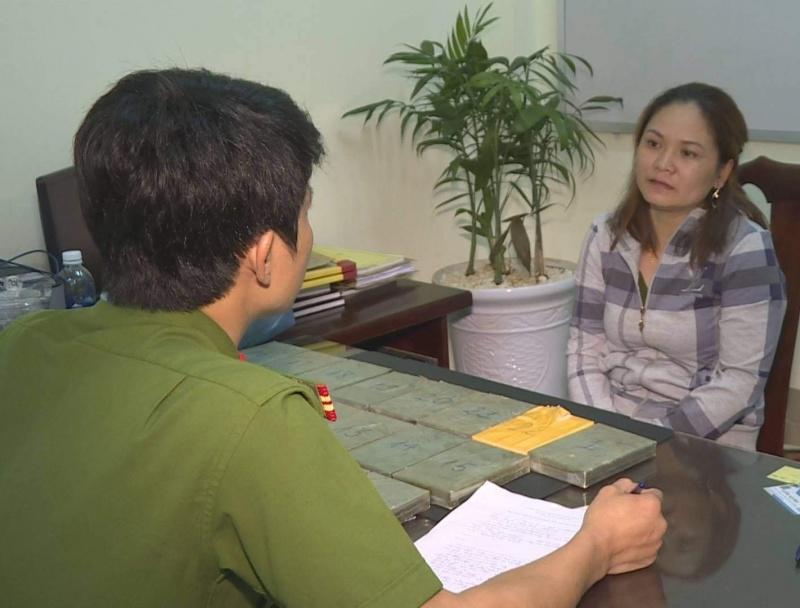 Đắk Lắk: Tóm gọn nữ quái vận chuyển 22 bánh Hêrôin từ Lào về Việt Nam