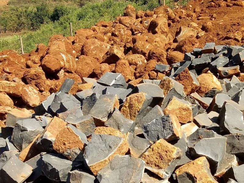 Gia Lai: Khai thác đá khối lượng lớn không phép trên địa bàn, UBND xã không hay biết