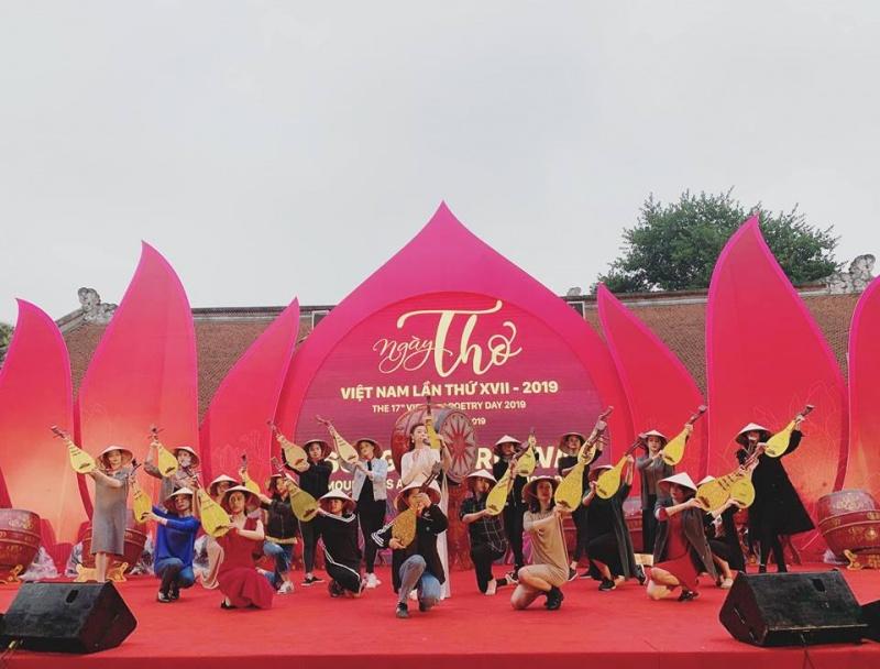 Dừng tổ chức Ngày Thơ Việt Nam năm 2021 trên toàn quốc
