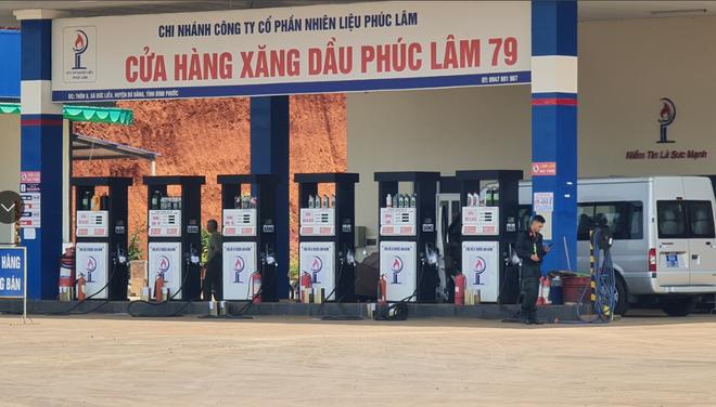 cua hang xang dau phuc lam 79 tai binh phuoc bi phong toaang xang dau phuc lam 79 tai binh phuoc bi phong toa