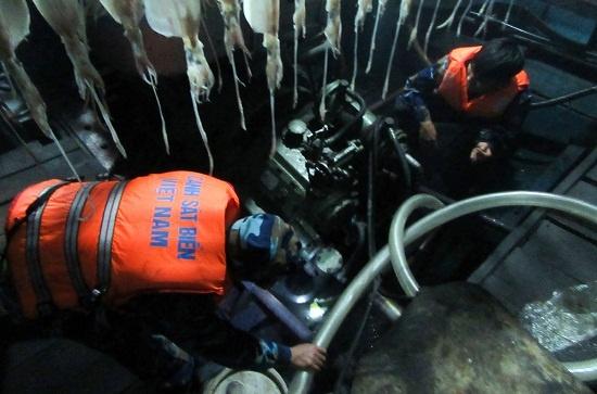 Ứng cứu kịp thời, đưa 9 ngư dân về đến Đà Nẵng an toàn