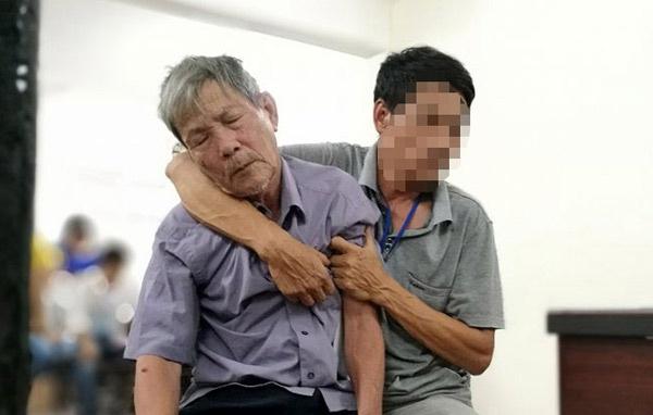 Tăng án ông già 79 tuổi hiếp dâm bé gái 3 tuổi lên 10 năm tù