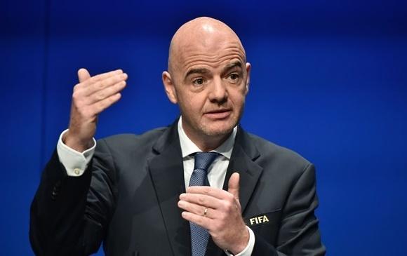 Hôm nay Chủ tịch FIFA sang thăm và làm việc tại Việt Nam