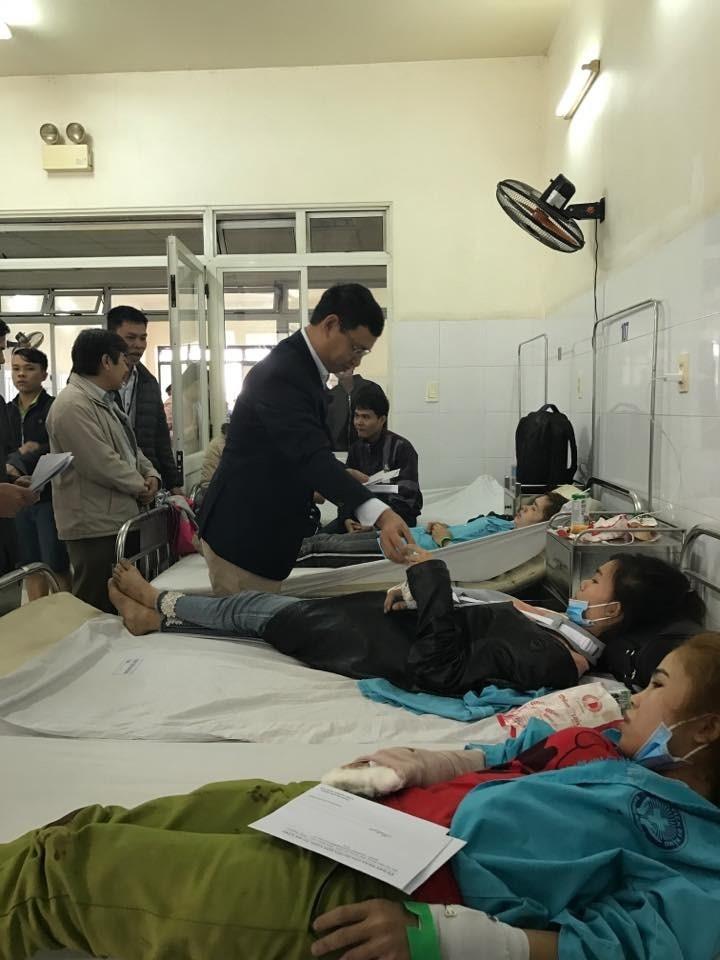 Khẩn trương cứu chữa, hỗ trợ các nạn nhân vụ lật xe kinh hoàng ở Đà Nẵng về quê đón Tết
