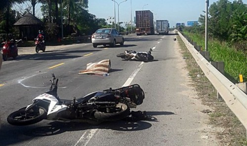 Quảng Nam: Va chạm với xe đầu kéo, 1 du khách nước ngoài tử vong