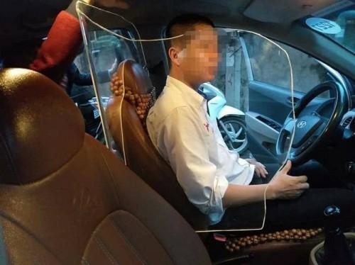 Cục Đăng Kiểm ủng hộ taxi lắp khoang chắn an toàn