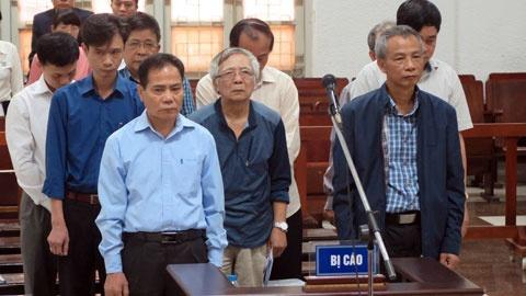 Tuyên án 9 bị cáo trong vụ đường ống nước sông Đà 18 lần bị vỡ