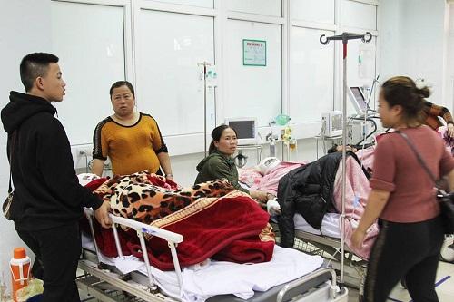 Nổ bình gas trên tàu cá, 6 người nhập viện cấp cứu