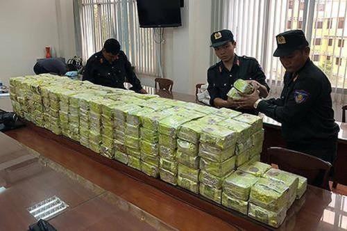 Bộ Công an triệt phá đường dây buôn bán ma túy cực lớn tại TPHCM