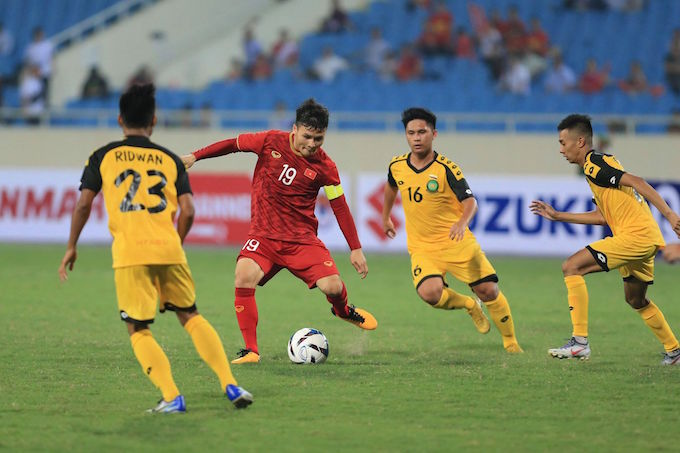 Thắng đậm đối thủ U23 Bruneivới tỷ số 6-0, U23 Việt Nam tạm vượt lên dẫn đầu bảng K