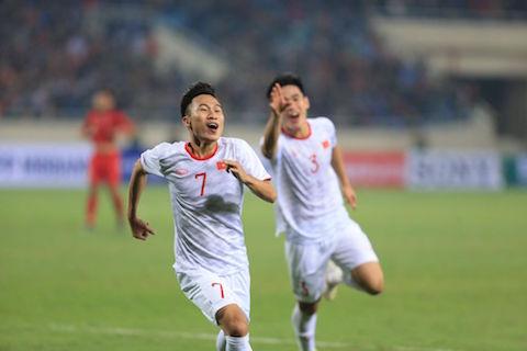 Việt Hưng lập công phút bù giờ giúp U23 Việt Nam thắng Indonesia 1-0