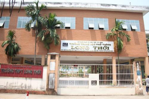 Giáo viên chủ nhiệm bị khiển trách trong vụ cô giáo không giảng bài hơn 3 tháng