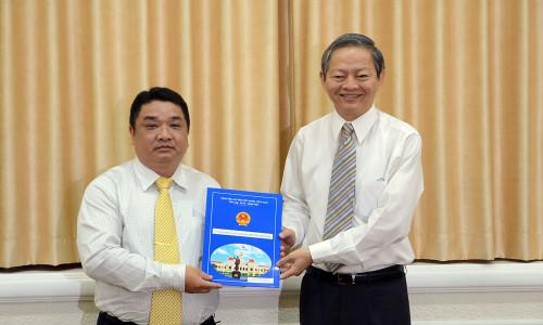 Phó Chủ tịch UBND TPHCM Lê Văn Khoa xin thôi giữ chức vụ vì 'không đủ sức khoẻ'