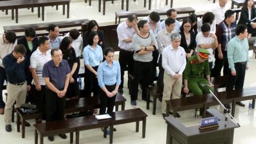 VKS đề nghị mức án chung thân Hà Văn Thắm, tử hình Nguyễn Xuân Sơn