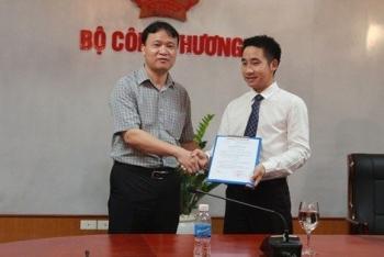 pho chanh van phong ban chi dao 389 va con duong thang tien duoc cho la than toc
