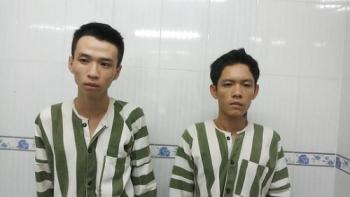 2 doi tuong cuop giat roi dung hung khi chong tra khi bi cong an truy duoi