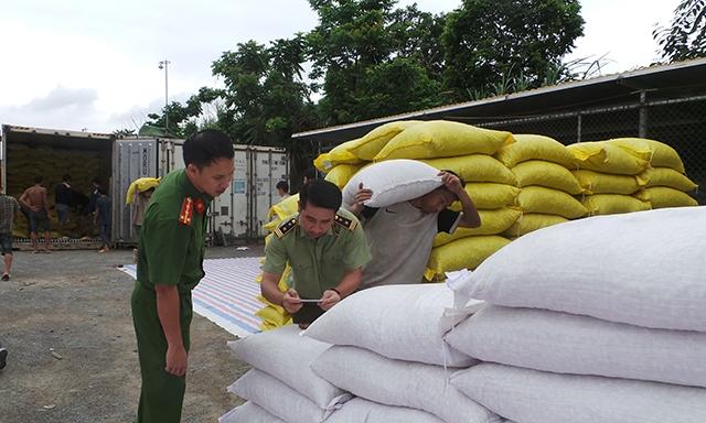 Phát hiện 440 tấn thực phẩm không nguồn gốc ở Lào Cai
