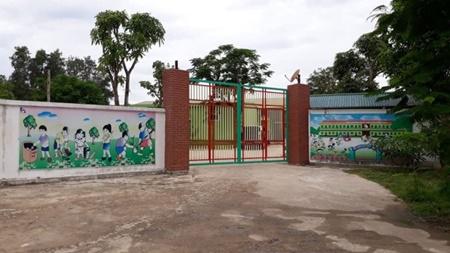 Cơ quan chức năng nói gì về vụ việc cô giáo quỳ khóc xin đừng đóng cửa cơ sở mầm non ở Nghệ An?
