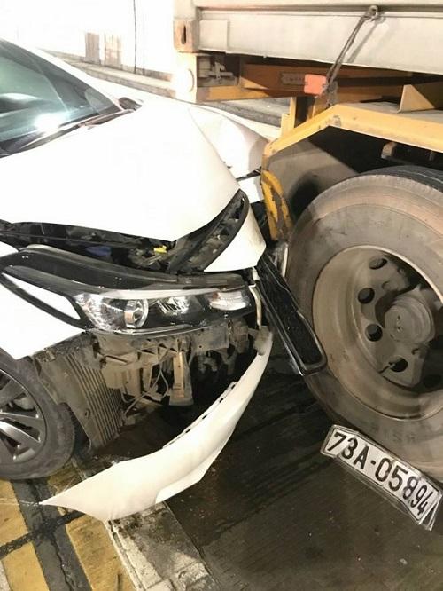 Hầm đường bộ Hải Vân ùn tắc nhiều giờ sau vụ tai nạn liên hoàn