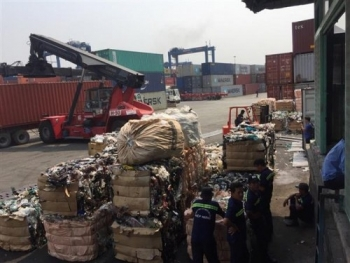 cuc hai quan tphcm chi dao cac chi cuc phan loai de xu ly hang ngan container phe lieu don u tai cang