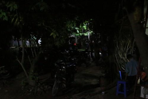 Nam bảo vệ 60 tuổi tử vong trong tư thế treo cổ trên cây
