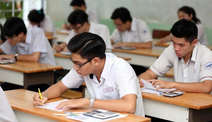 Hơn 912.000 thí sinh bắt đầu làm bài thi môn đầu tiên kỳ thi THPT Quốc gia 2018