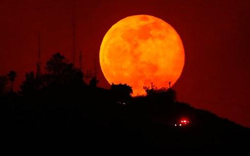 Hiện tượng thiên nhiên 'trăng máu' kéo dài nhất thế kỷ 21 sẽ xảy ra trong tháng 7