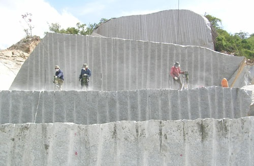 Bổ sung 4 khu vực đá granite vào quy hoạch
