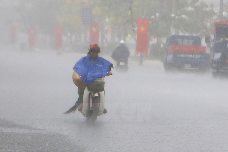 Dự báo thời tiết 18/7: Mưa dông diện rộng khắp cả nước