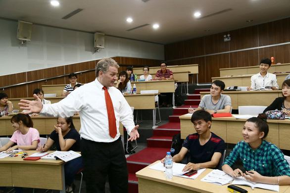 Dự thảo Chương trình quốc gia về học tập ngoại ngữ cho cán bộ các cấp
