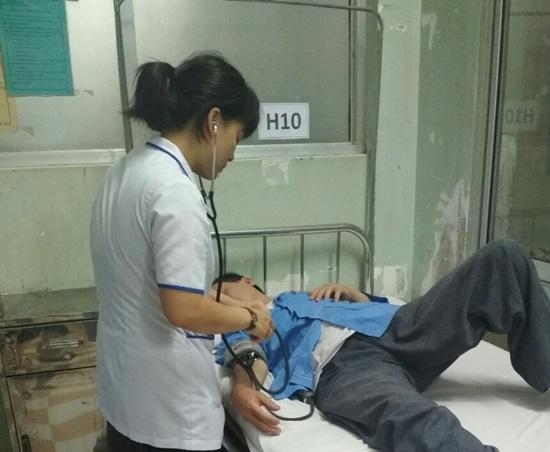 Bình Định: Phó Khoa hồi sức cấp cứu nội hành hung điều dưỡng đến nhập viện